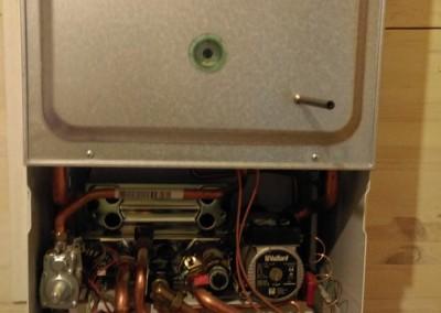Техническое обслуживание настенного газового котла Vaillant Turbo Tec Pro