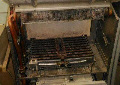 Ремонт и чистка настенного газового котла Buderus logomax u052