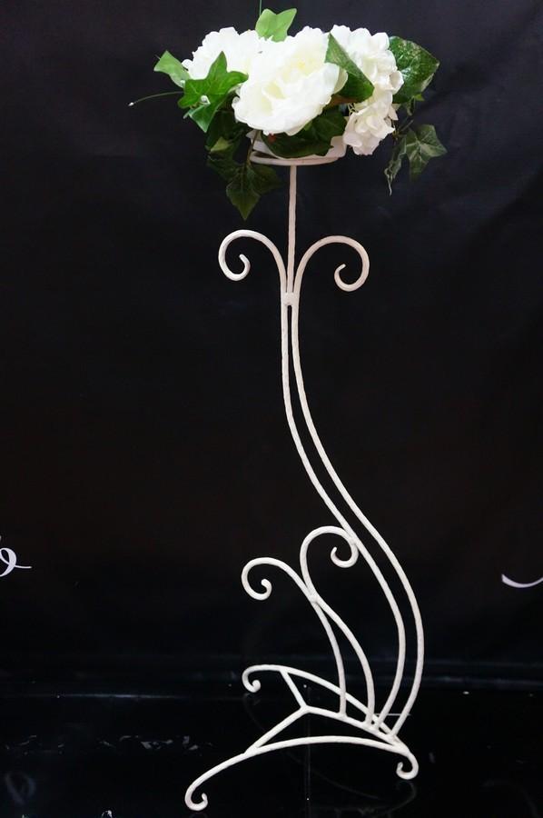 стойка декоративная с цветочной композицией 500 руб. шт. в наличии 10 шт
