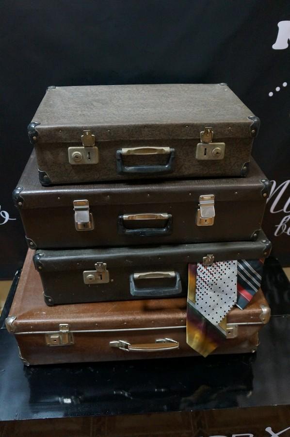 чемодан-ретро 350 руб.шт. в наличии 4 шт