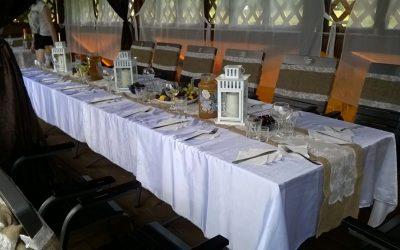 Оформление террасы в стиле кантри для свадебного банкета
